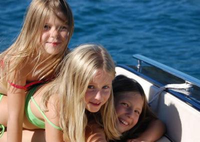 kinder-motorboot-see1